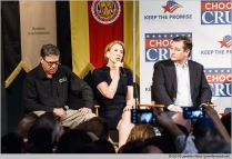Phoenix, Arizona, USA. 18th March, 2016. Carly Fiorina speaks during a rally at Arizona Christian University. Fiorina is flanked by former Texas Governor Rick Perry and Senator Ted Cruz. Both Fiorina and Perry previously dropped out of the presidential race and now support Cruz © Jennifer Mack/Alamy Live News