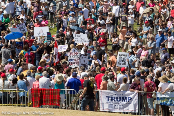 Fountain Hills, Arizona, 19th March 2016. The overflow crowd had a few anti-Trump signs.